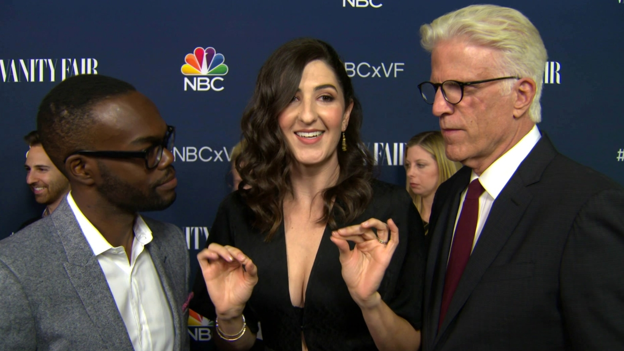 The Good Place: Vanity Fair Party: William Jackson Harper, D'arcy Carden, Ted Danson