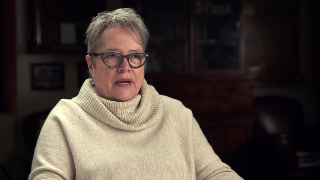 Bad Santa 2: Kathy Bates On Willie's Character