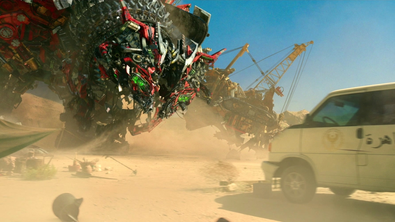 Transformers: The Last Knight (Imax Featurette)