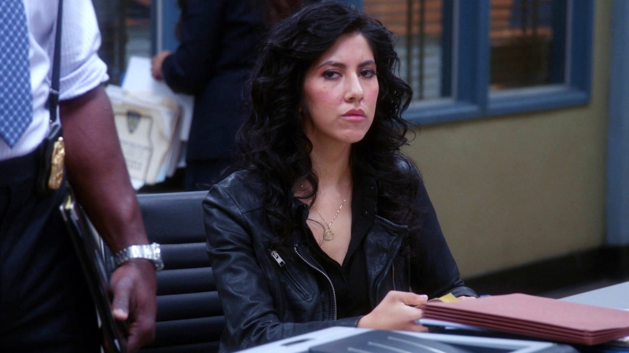 Brooklyn Nine-Nine: Charges And Specs