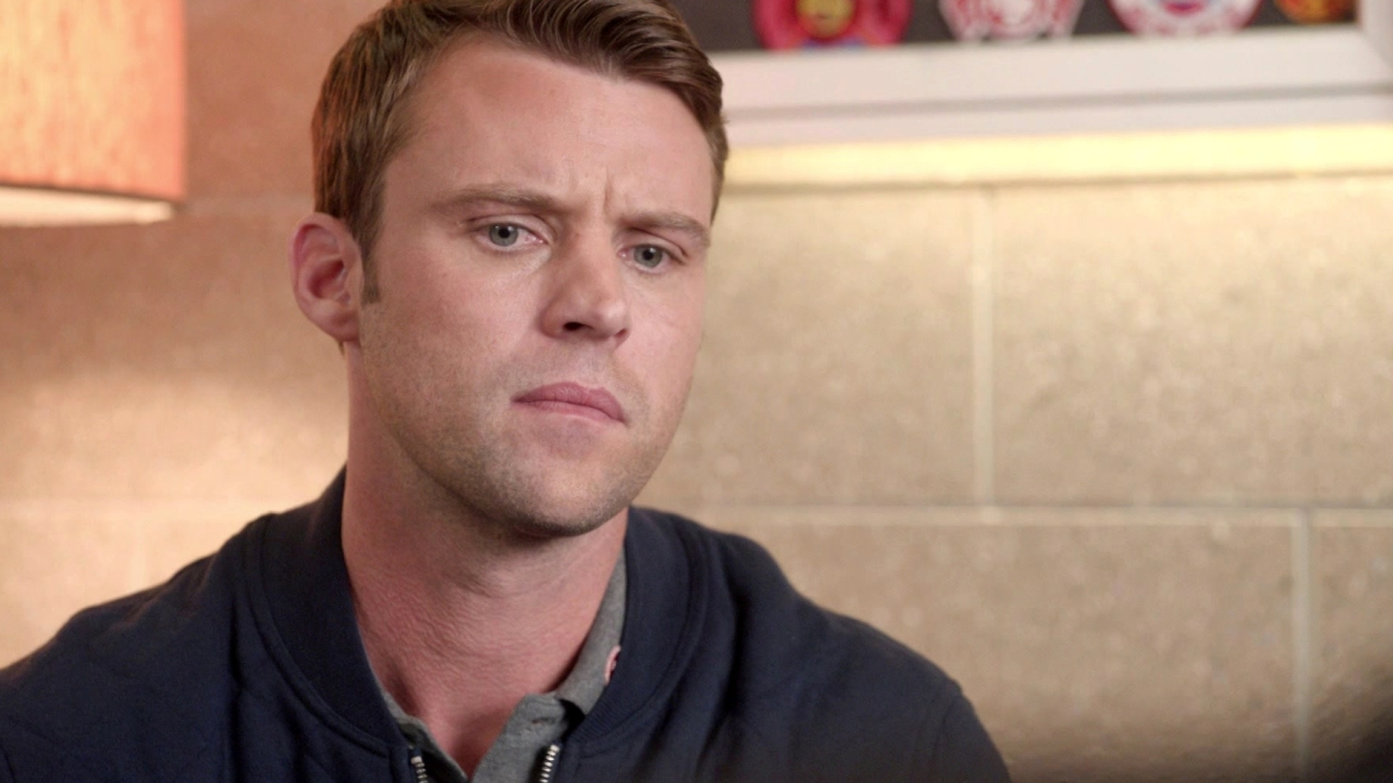 Chicago Fire: Casey And Dawson Meet With A Lawyer About Louie