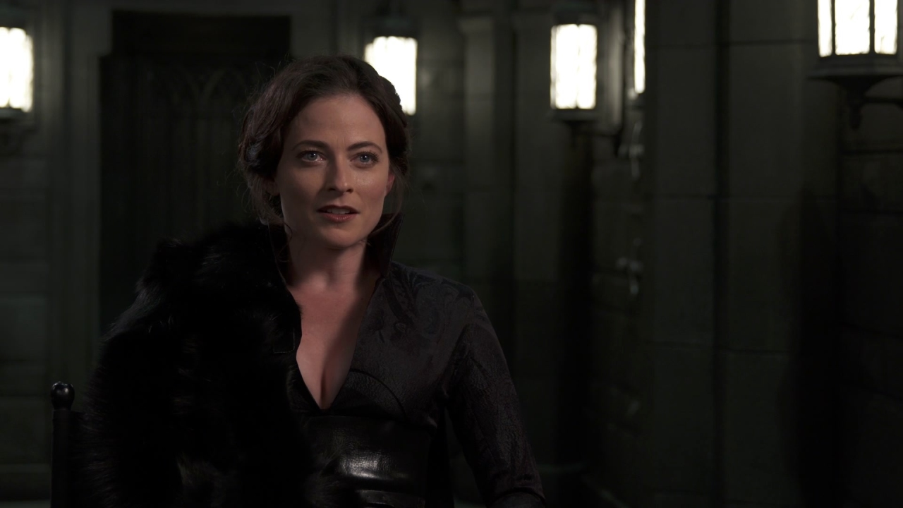 Underworld: Blood Wars: Lara Pulver On Strong Female Characters In The Film