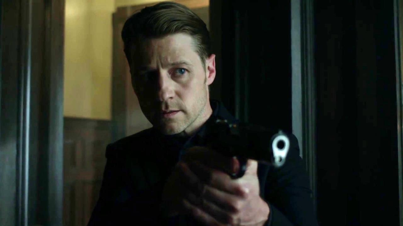 Gotham: Mad City: Follow The White Rabbit