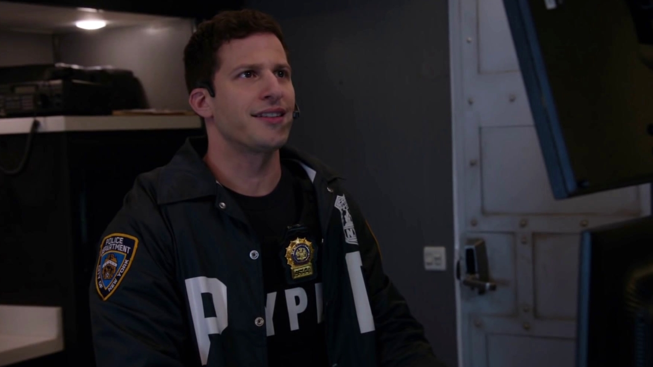 Brooklyn Nine-Nine: Jake Makes Terry Do The Running Man