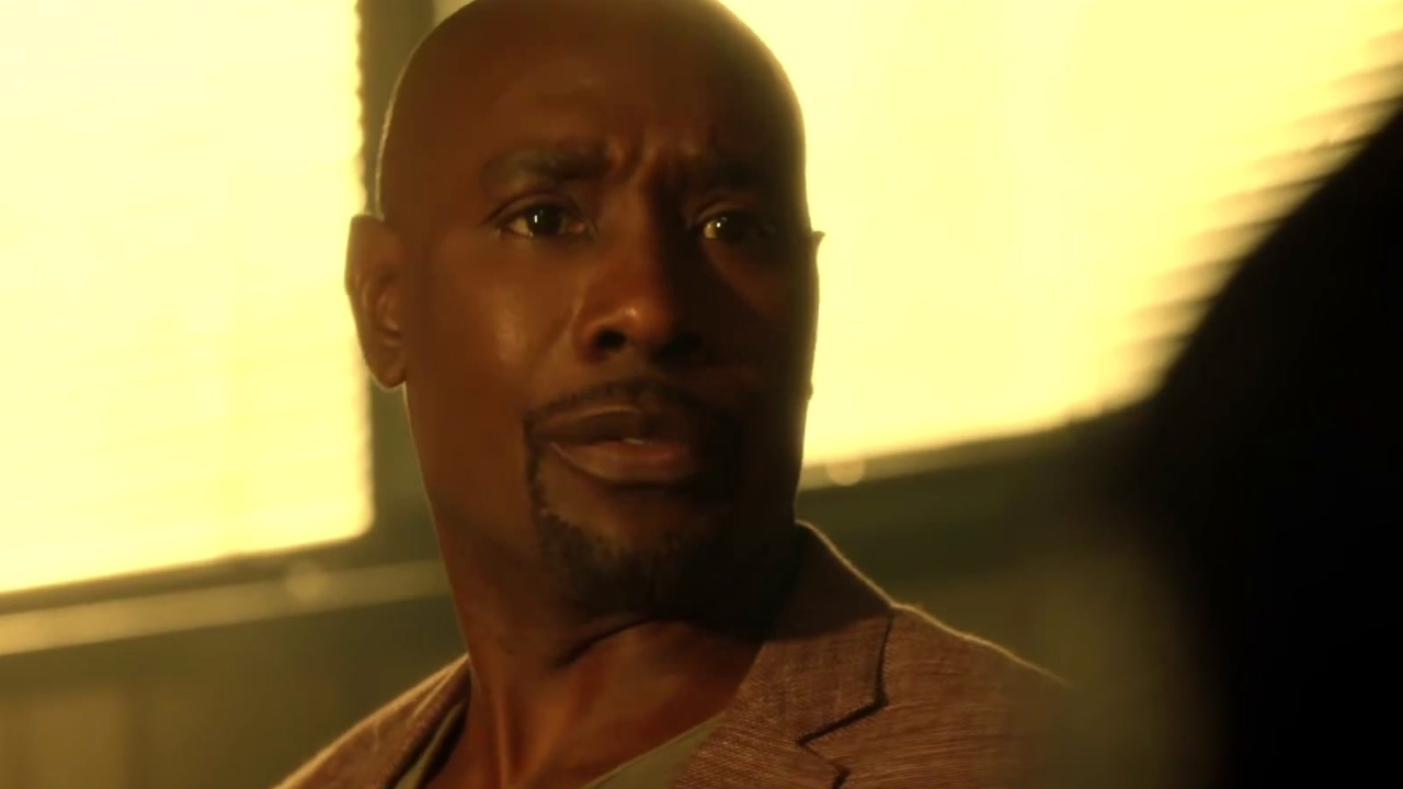 Rosewood: Villa Tries To Help The Hostages