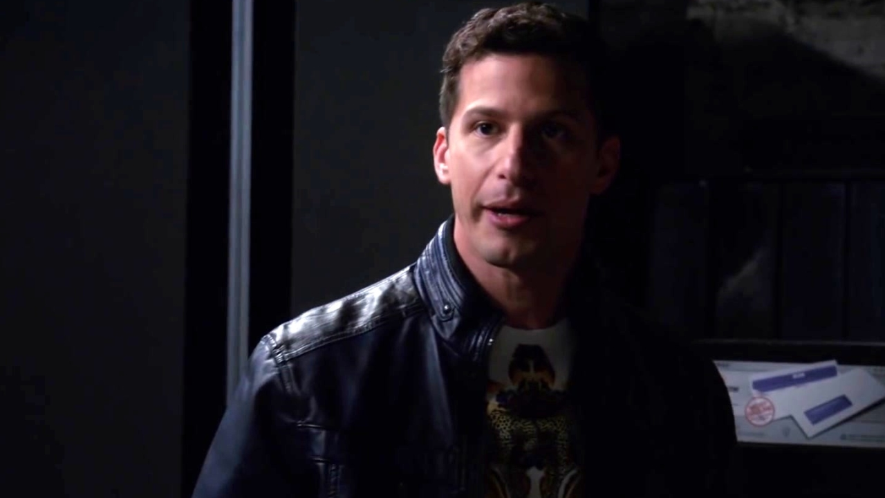 Brooklyn Nine-Nine: Jake And Boyle Are Caught Sneaking Around
