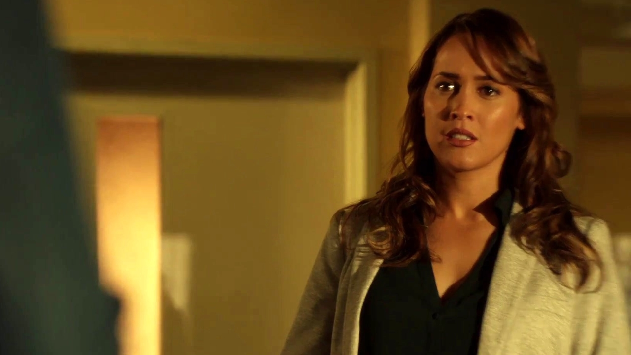 Rosewood: Naomi Is Like The Lady Rosie