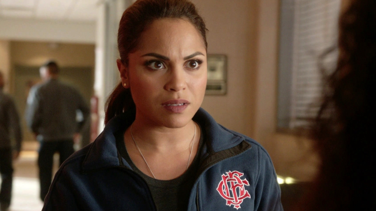 Chicago Fire: Dawson Is Warned That This Man Is Out To Get Firehouse 51