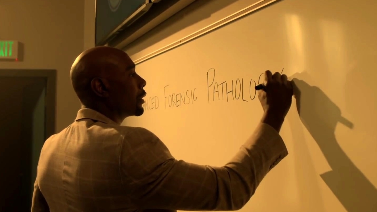Rosewood: Rosewood Plays Substitute Teacher With Villa