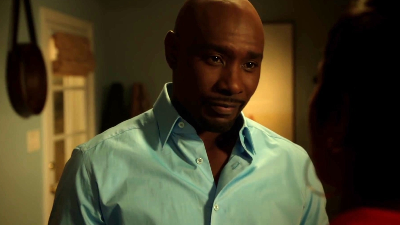 Rosewood: Rosie's Girlfriend Is Threatened By Her Ex-Husband
