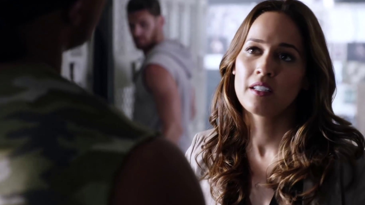 Rosewood: Rosie And Villa Get Tough While Asking Questions