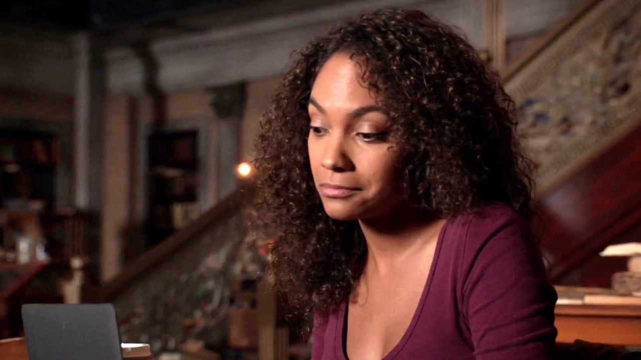 Sleepy Hollow: Jenny Finds Out Something Interesting About Jake