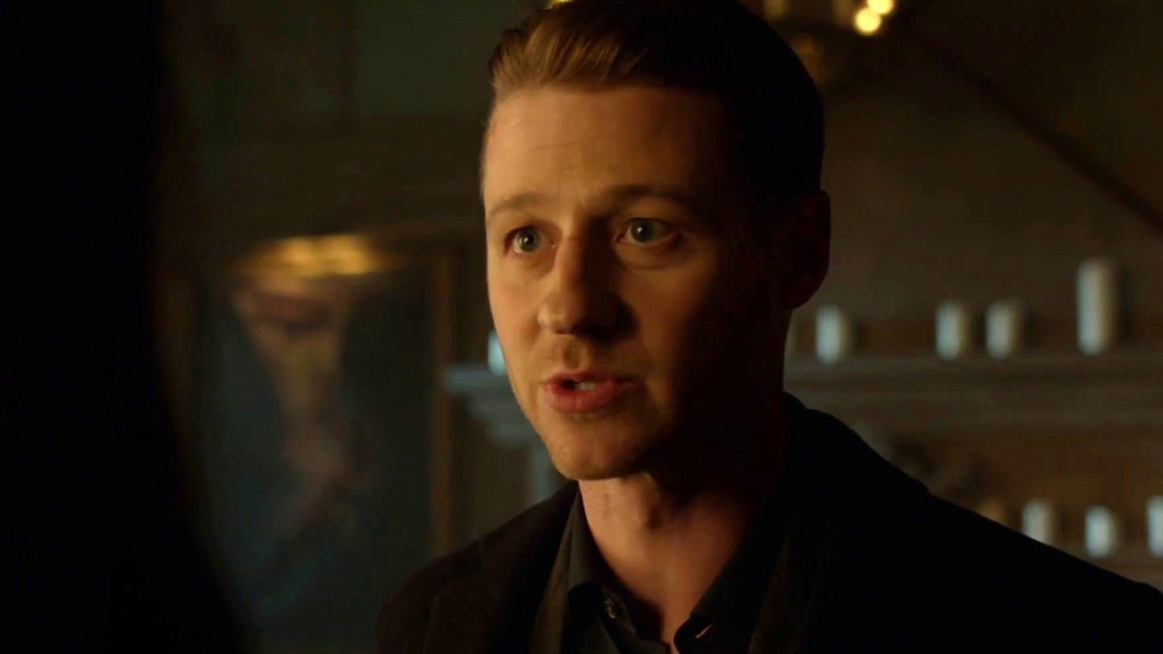 Gotham: Harvey And Gordon Seek Tabitha For Help