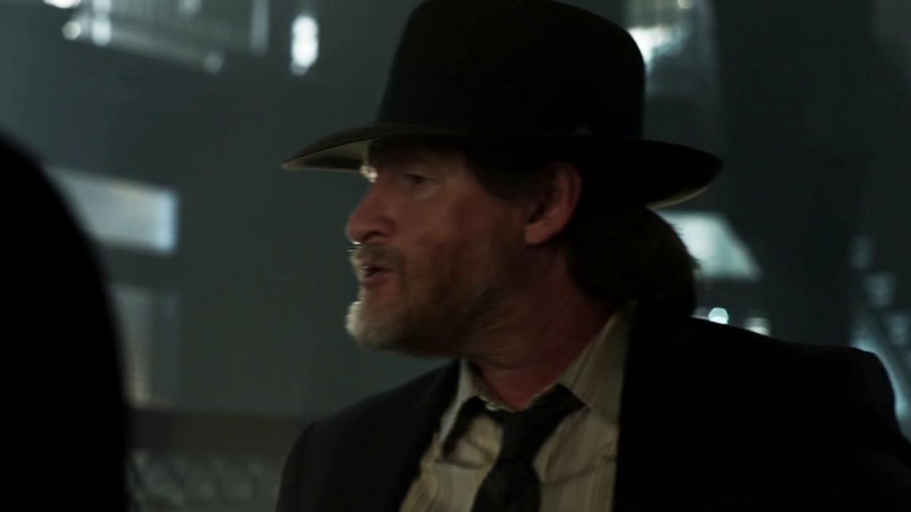 Gotham: Harvey Agrees To Help Harvey