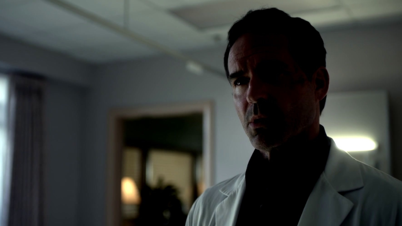 Wayward Pines: Theo Shares His Knowledge To Nurse Pam
