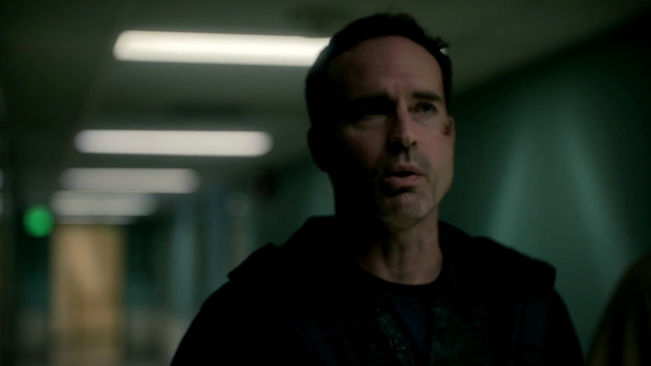 Wayward Pines: Theo Demands The Answers