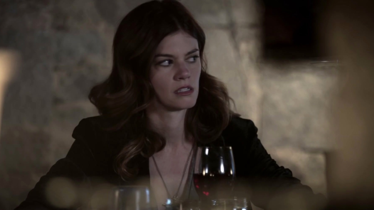 Sleepy Hollow: Jake Flirts With The Bartender While Alex Is On Her Date