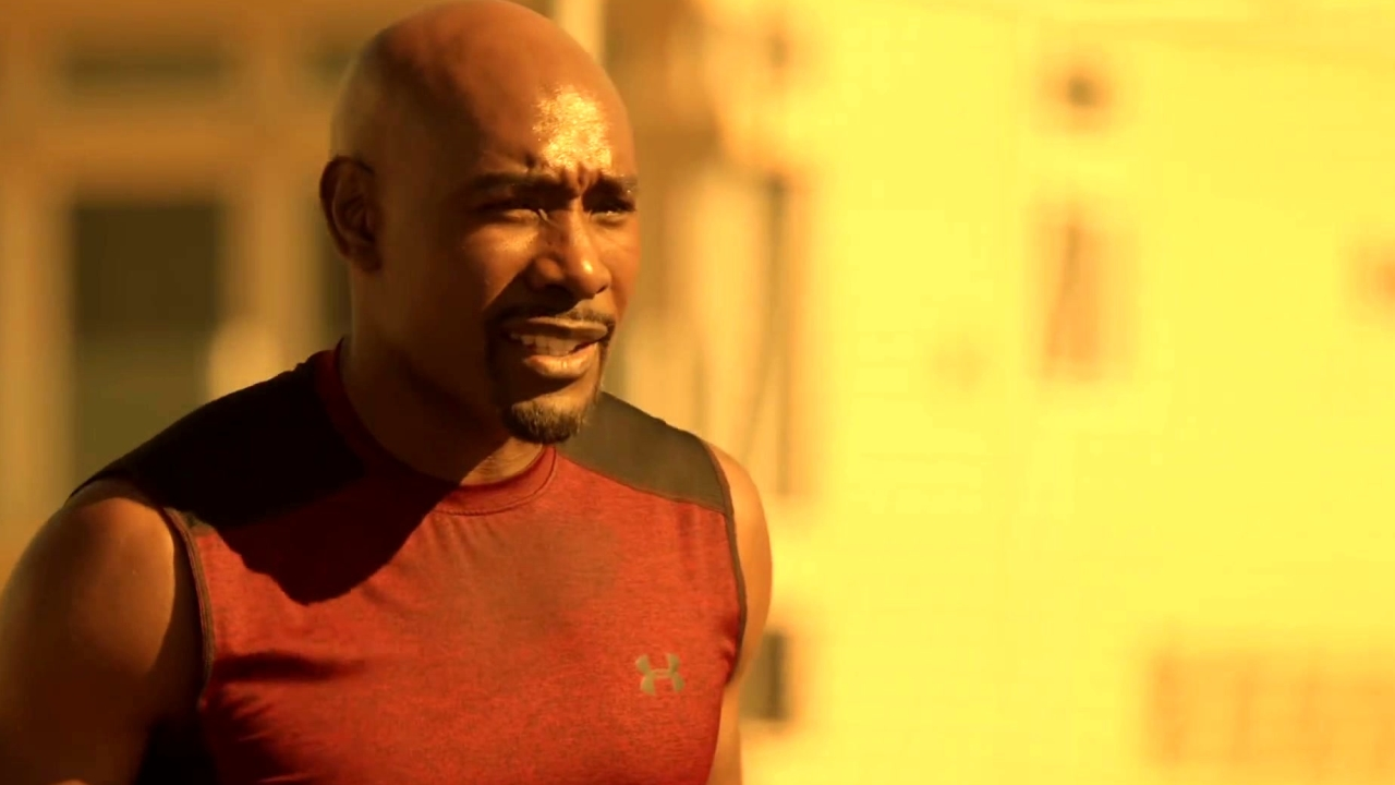 Rosewood: Rosie And Capt. Slade Engage In A Game Of Basketball