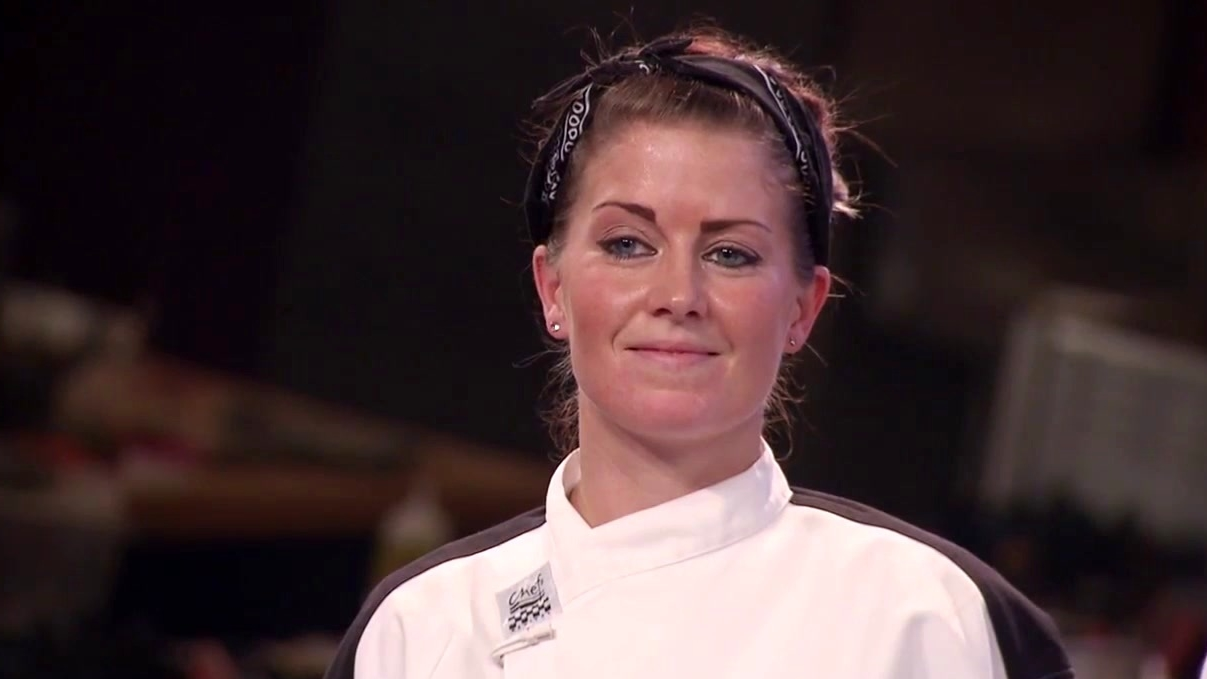 Hell's Kitchen: Kimberly Gets To Sit In The Leader's Chair