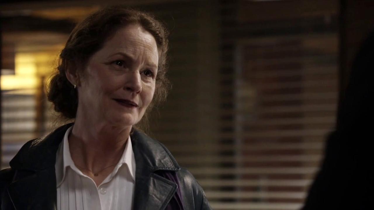 Wayward Pines: Nurse Pam Helps Ethan