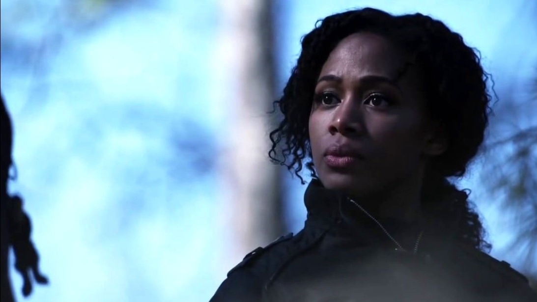 Sleepy Hollow: Abbie And Sophie Have A Discussion About Dimensions