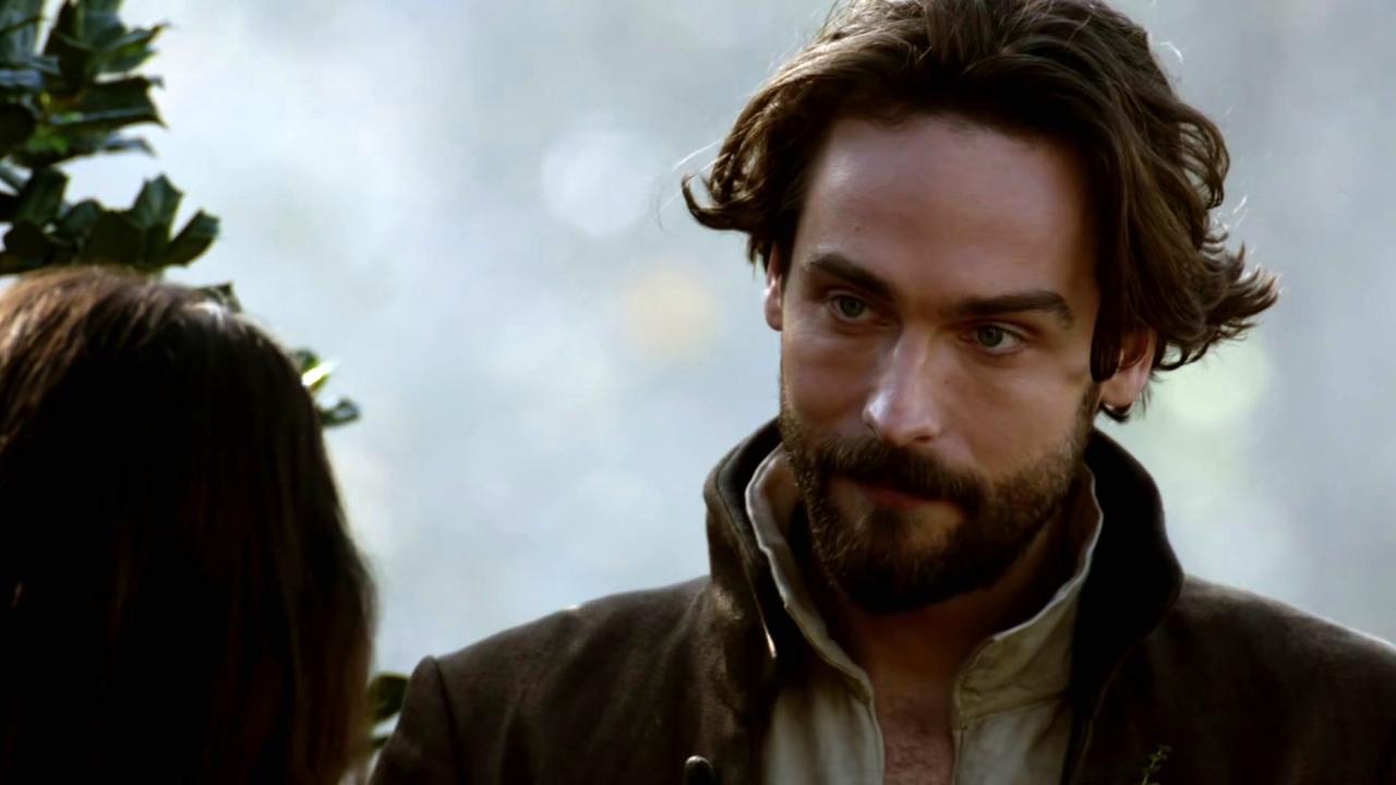 Sleepy Hollow: Ms. Corinth And Ichabod Meet Up