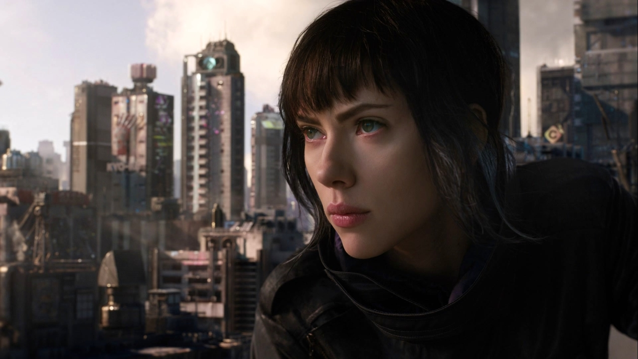 Ghost In The Shell: Scarlett As The Major (Featurette)