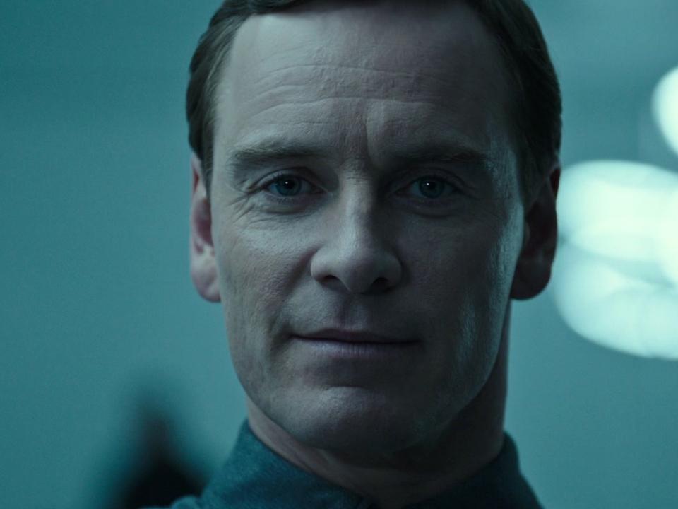 Alien: Covenant: Meet Walter (Featurette)