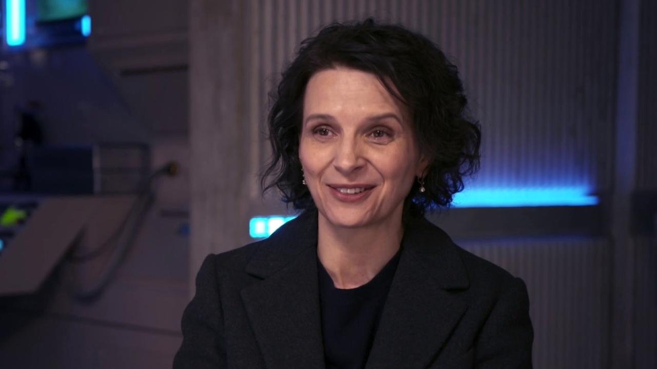 Ghost In The Shell: Juliette Binoche on how she came to the movie (International)