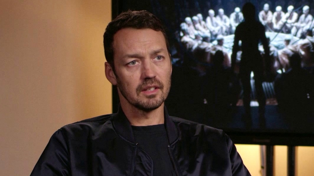 Ghost In The Shell: Rupert Sanders On the iconic scenes in Ghost in the Shell (International)