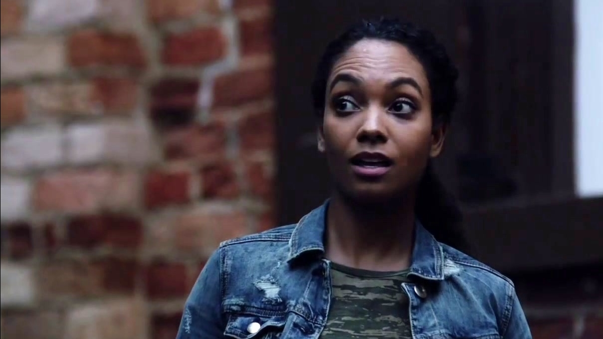 Sleepy Hollow: Reynolds Meets Jenny For The First Time