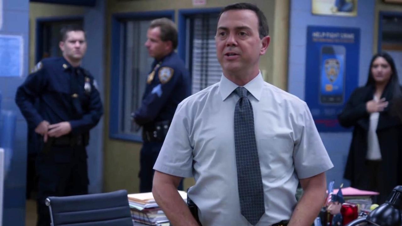 Brooklyn Nine-Nine: Boyle Celebrates Jake's Birthday