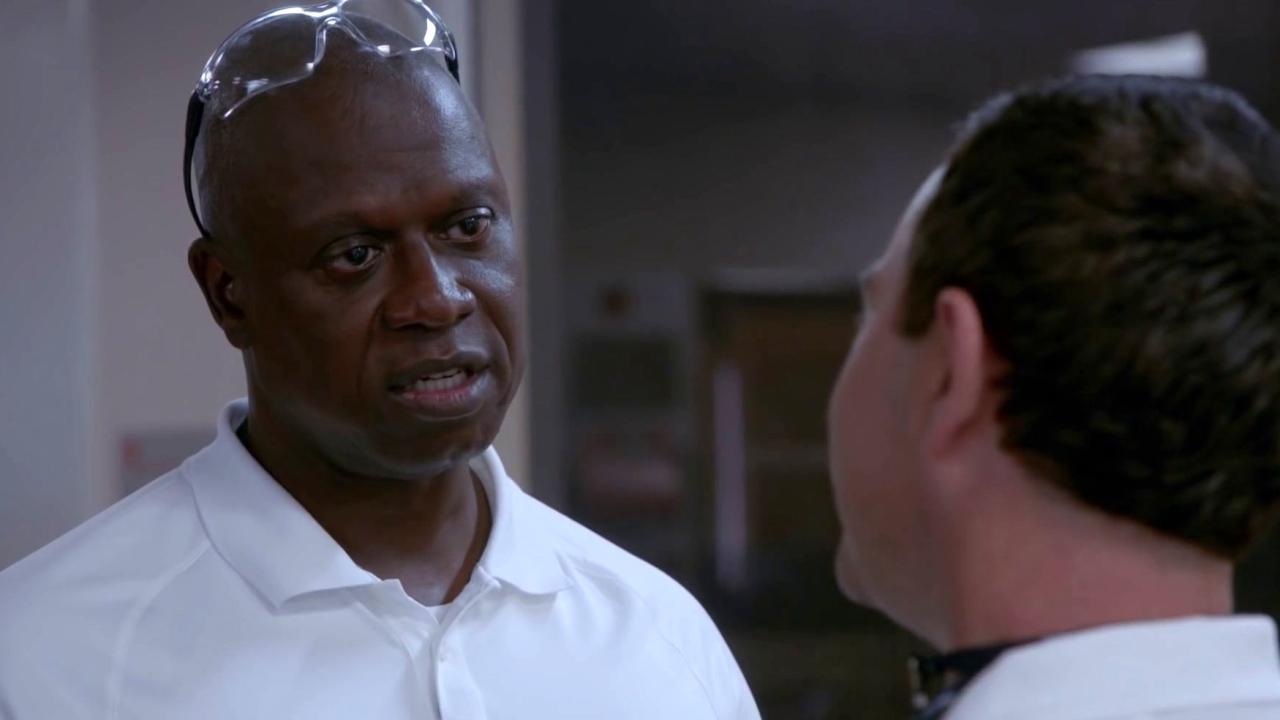 Brooklyn Nine-Nine: Boyle Unleashes The Beast