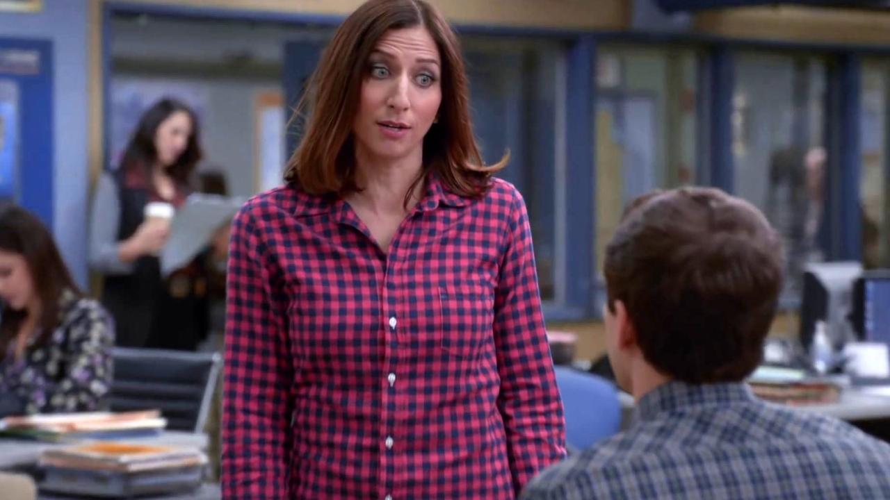Brooklyn Nine-Nine: Jake Asks For A Top Secret Favor