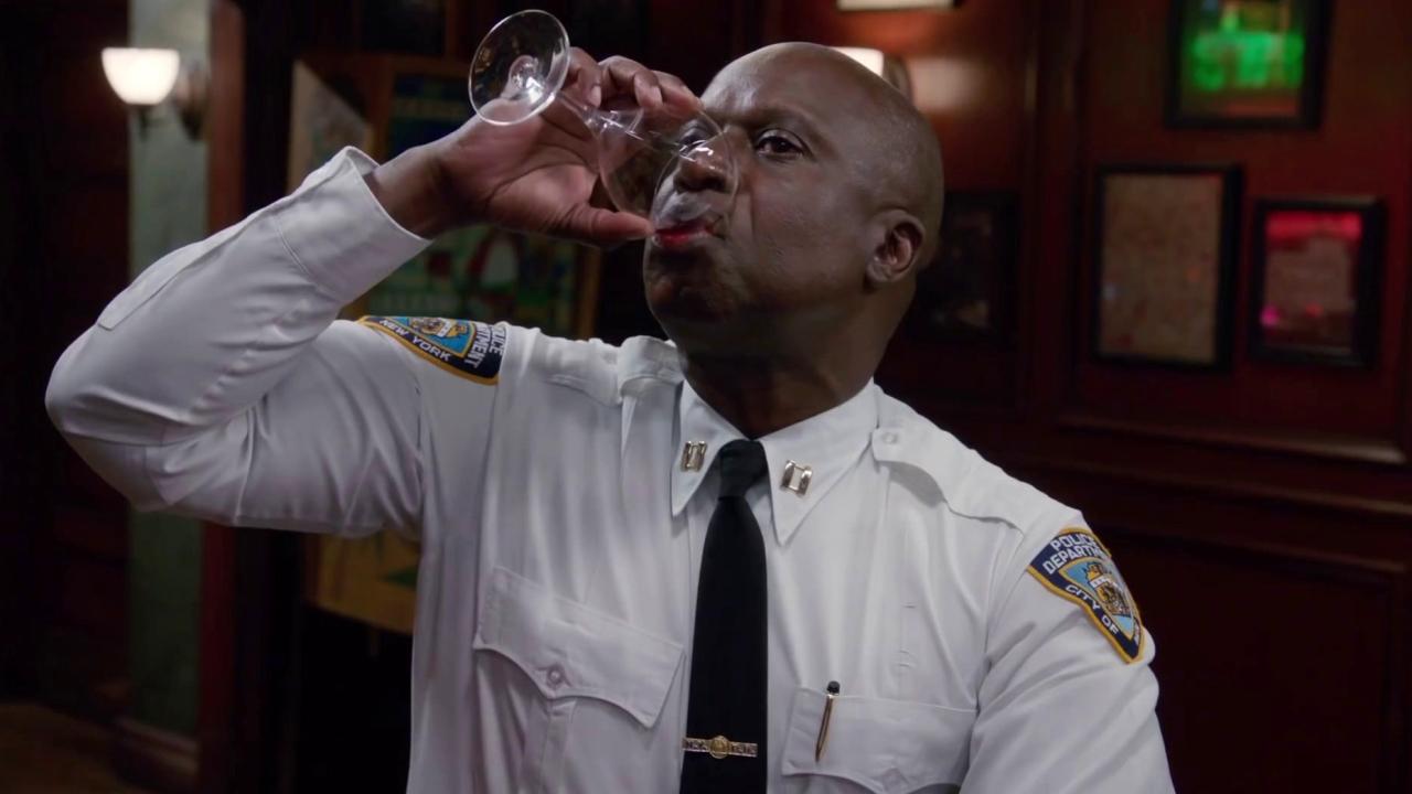 Brooklyn Nine-Nine: Drunk And Upset Holt