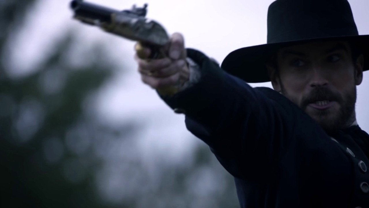 Sleepy Hollow: Ichabod And Henry Duel To The Death