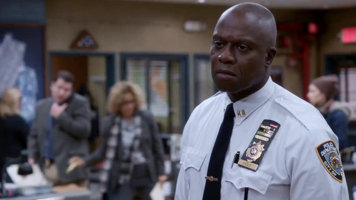 Brooklyn Nine-Nine: Holt Has A Food Question For Charles