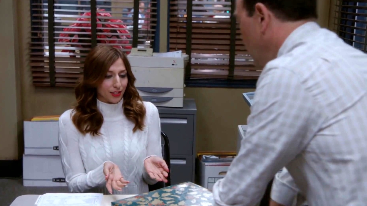 Brooklyn Nine-Nine: Gina And Boyle's Parents Reach Old People's Third Base