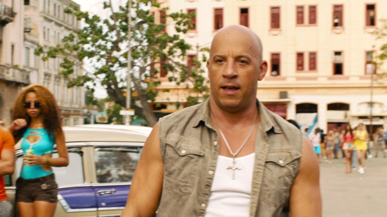 The Fate Of The Furious: Dom And Letty Modify A Car For The Race Through Havana