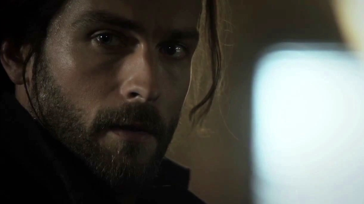 Sleepy Hollow: Henry Issues Ichabod A Deadly Warning About The Judas Coin