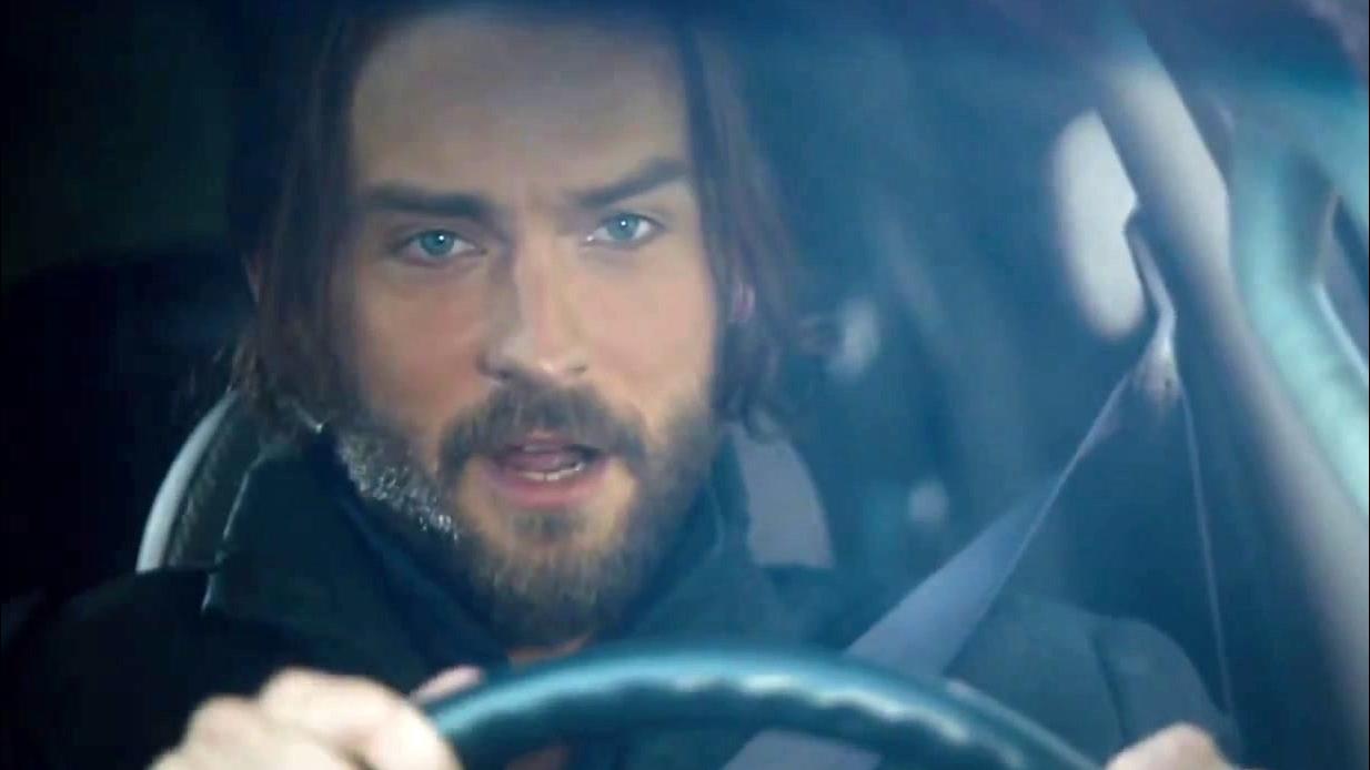 Sleepy Hollow: Ichabod Goes Drifting In Abbie's Car