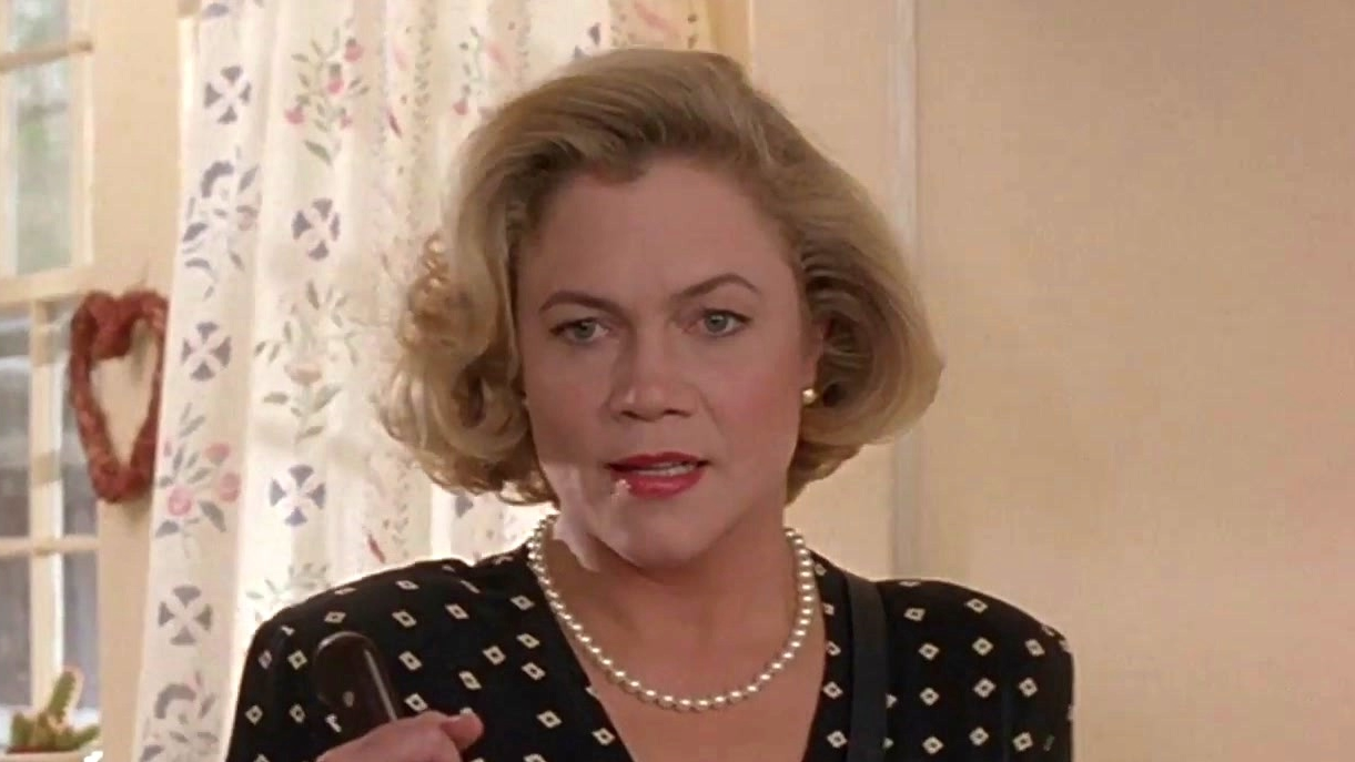 Serial Mom: Tomorrow