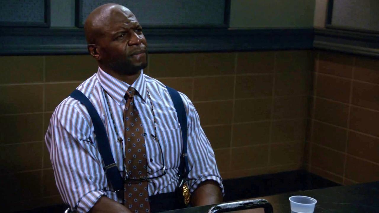 Brooklyn Nine-Nine: Gina And Amy Interrogate Terry