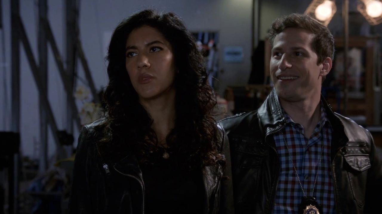 Brooklyn Nine-Nine: Mark Devereaux Interrogates A Production Assistant