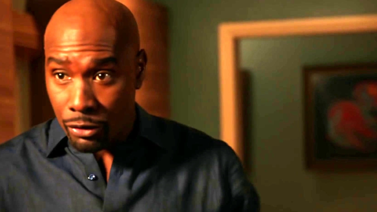 Rosewood: Marcos Tells Rosie That He Is Holding Villa Back