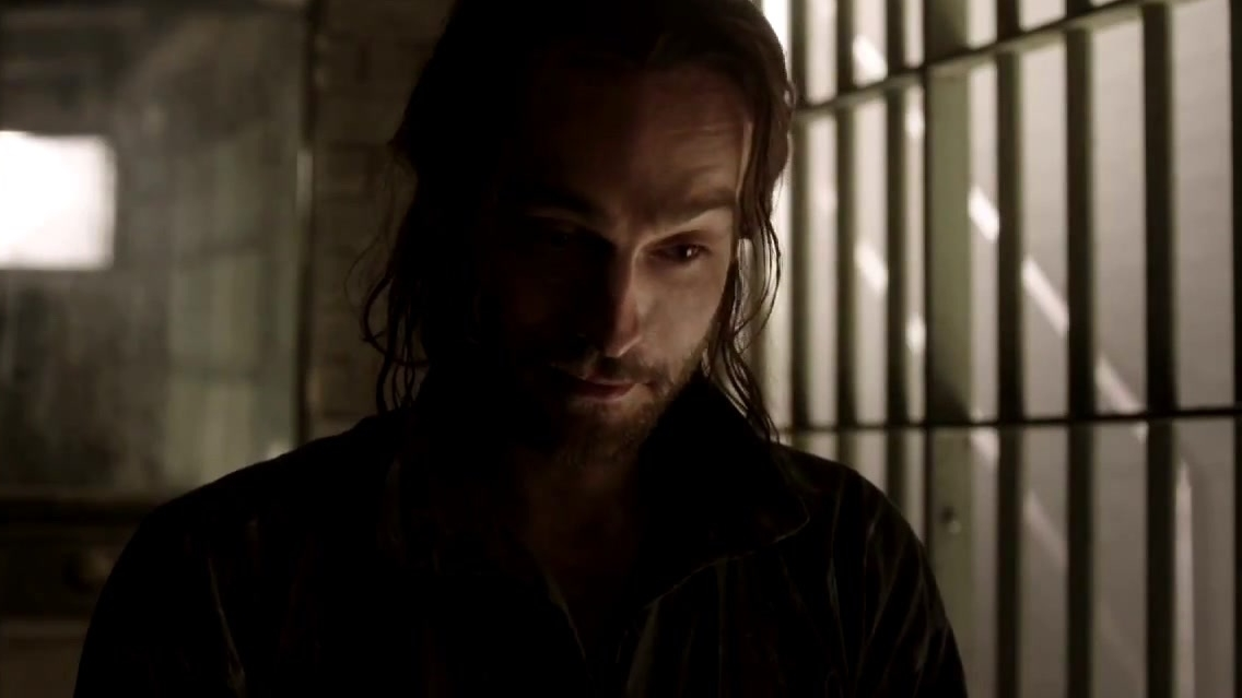 Sleepy Hollow: Ichabod Finds Himself In Jail In The Year 2013
