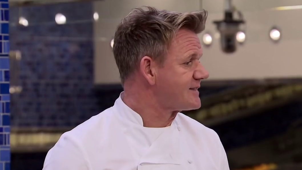 Hell's Kitchen: Gordon Ramsay Is Not Impressed With Johnny's Bluefin Tuna Dish