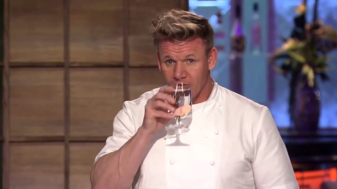 Hell's Kitchen: Paulie's Grilled Ribeye Gets Destroyed By Gordon Ramsay