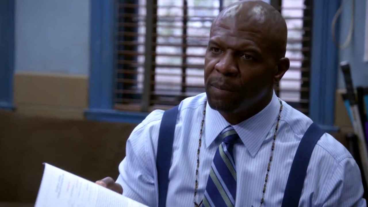 Brooklyn Nine-Nine: Holt Refuses To Submit Terry's Complaint