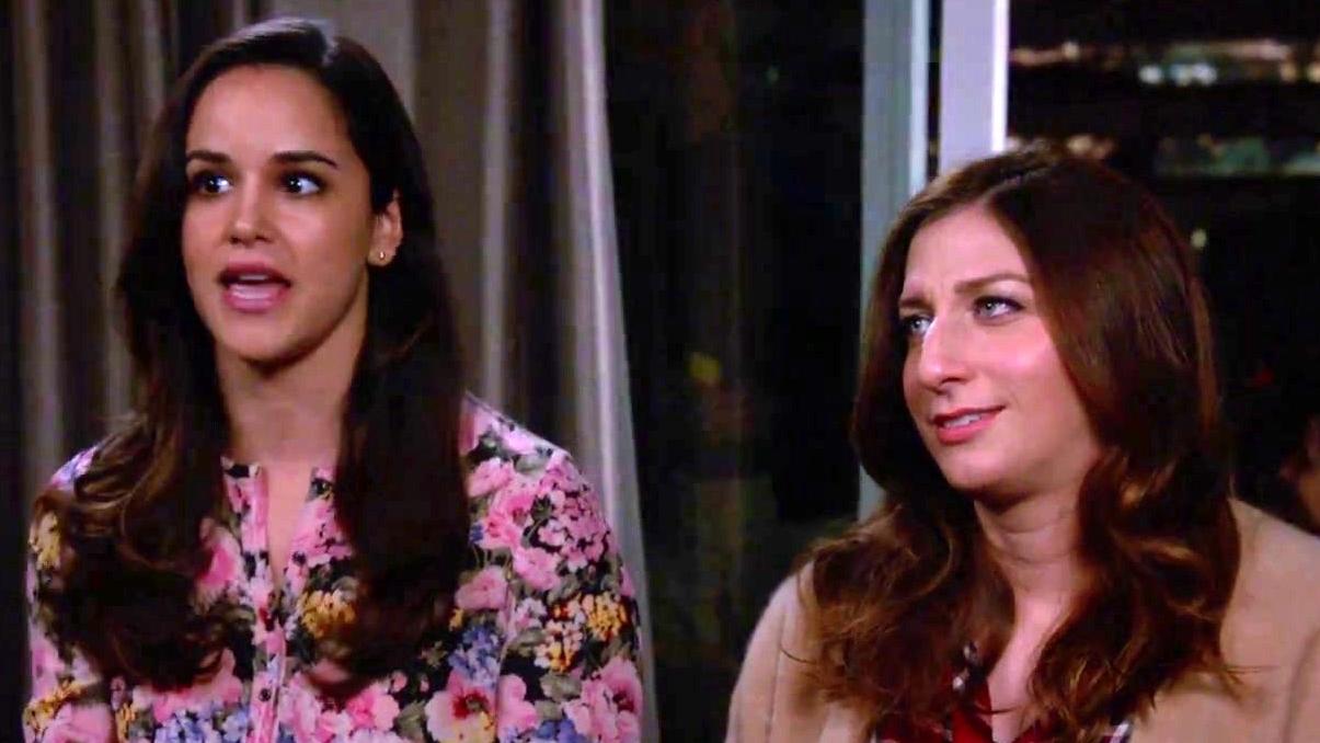 Brooklyn Nine-Nine: Amy And Gina Give Scully Advice